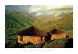 LESOTHO : Rural Stoned Thatched Huts - Lesotho