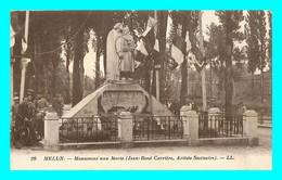 A828 / 295 77 - MELUN Monument Aux Morts - Melun