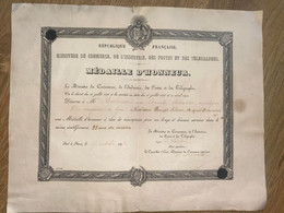 MEDAILLE D HONNEUR 1894 - Diplômes & Bulletins Scolaires