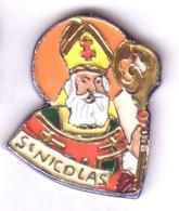RR312 Pin's Saint Nicolas Superbe  (Père Noël Du Nord)   Numéroté 33/50 Très Rare Achat Immédiat - Natale