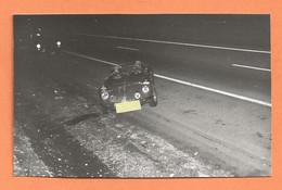 PHOTO ORIGINALE 1974 - ACCIDENT DE VOITURE RENAULT ALPINE - CRASH CAR - Automobili