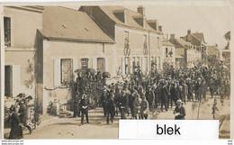 72. Sarthe : Noyen  Sur Sarthe  : Fete Du Monument .  ( Carte Photo ) . 1921 . - Other Municipalities