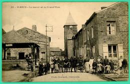 Warcq - Ardennes -  Le Lavoir Et Grand Rue - Animée - - Charleville