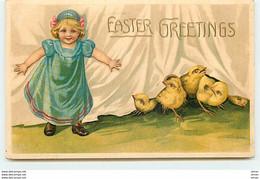 N°13721 - Carte Gaufrée - Easter Greetings - Fillette Avec Des Poussins - Easter