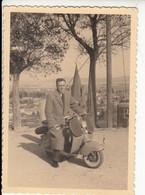 UOMO SU MOTO MOTORCYCLE LAMBRETTA - FOTO ORIGINALE ANNI '50/'60 - Otros