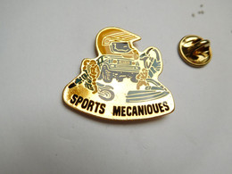 Beau Pin's , Moto , Rallye , Sports Mécaniques , Auto 4X4 - Motos