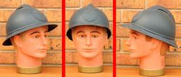 FRANCE WW1 Casque Adrian Modèle 15 Légion Tchécoslovaque 1918 (emblème Reproduction) - Headpieces, Headdresses