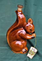 Rare Bouteille Liqueur De Collection Ecureuil  De Marque Chicanne  En Céramique - Spirits