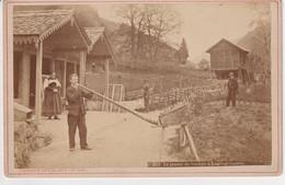 OLD PHOTO -  SWITZERLAND -  SCHWEIZ - LAUTERBRUNNEN - ALPHORNBLAESER - JOUEUR DE TRMPE - PHOTO GABLER - BE Berne