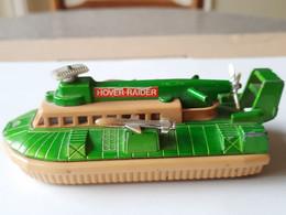 MATCHBOX K-105  Battle Kings Hover Raider - Barche