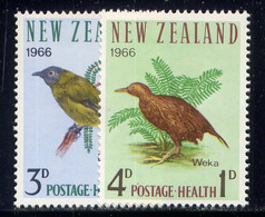 NEW ZEALAND, SET, NO.'S B71-B72, MH . - Nuevos