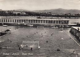 LIVORNO-ARDENZA-BAGNI FIUME-PARTITA DI PALLANUOTO IN CORSO--CARTOLINA VERA FOTOGRAFIA-VIAGGIATA IL 21-8-1954 - Livorno