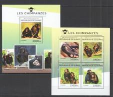 ST710 2014 GUINEE GUINEA FAUNA WILD ANIMALS MONKEYS LES CHIMPANZES 1KB+1BL MNH - Chimpansees