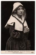 CPA 29 - Env. De CONCARNEAU (Finistère) - 275. Jeune Femme En Prière - ELD - Concarneau