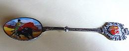 ESPAGNE - Petite Cuillère Souvenir Emaillée, Armoiries Et Scène De Corrida - Spoons