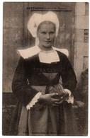 CPA 29 - RIEC (Finistère) - 532. Jeune Fille (Costume). Coll. Hamonic - Autres Communes