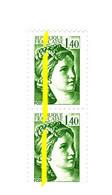 Sabine 1fr40 Vert YT 2154c : Paire Verticale Avec Phospho à Cheval Et Au Centre Gauche . Rare, Voir Scan. Cote YT > 24 € - Varietà: 1980-89 Nuovi