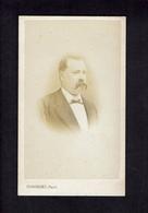 Photographie Origine Studio: DUBORDIEU - VALENCE - 1872/73 - Portrait Monsieur Avec Moustache Tombante - - Old (before 1900)