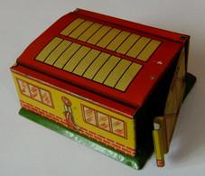 Petit Garage Métallique NOREV Pour Micro Miniatures Au 1/86è - Jugetes Antiguos
