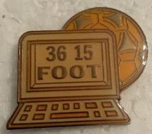 Pin's - Sports - Football - 36 15 FOOT - - Calcio