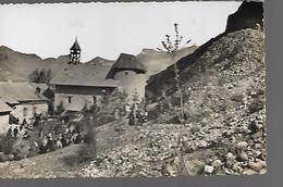 LES ALPES   MONT DAUPHIN  CHAPELLE ST GUILLAUME  PELERINAGE DU LUNDI DE PAQUES - Autres Communes
