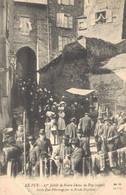 H1103 - LE PUY - D43 - 27e Jubilé De Notre Dame Du Puy - Sortie D'un Pèlerinage Par Le Porche Grateloup - Le Puy En Velay