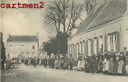 WARHEM LA RUE DE L'EGLISE TRES ANIMEE 59 NORD - Unclassified