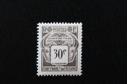 1948,ETABTS FRANCAIS DE L'OCEANIE TIMBRE-TAXE Y&T NO TA19 30C SEPIA VALEUR DANS UN CARRE NEUF MNH**... - Timbres-taxe