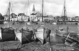 ¤¤   -  SAINT-GILLES-sur-VIE   -  Le Port Et Le Quai   -  Bateaux De Pêche   -   ¤¤ - Saint Gilles Croix De Vie