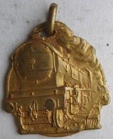 Médaille Fédération Nationale Travailleurs Des Chemins De Fer 1917. SNCF, Locomotive Train - Spoorweg