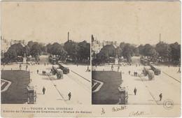 37  Tours   -    A Vol D'oiseau - Entree De L'avenue De Grammont - Statue De Balzac - Tours