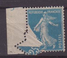 FRANCE :  N° 140 ** . TYPE SEMEUSE . PIQUAGE OBLIQUE PAR PLIAGE . 1907/27. ( CATALOGUE YVERT ) . - Curiosities: 1900-20 Mint/hinged