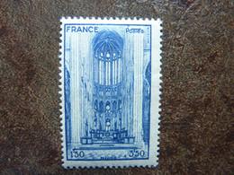 1944  Cathédrale De Beauvais     Y&T = 666  ** MNH - Ungebraucht
