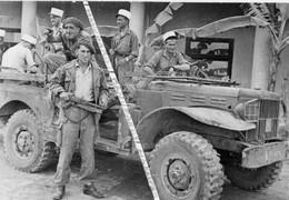 VIET-NAM / PHOTO / 1948-1951 / 13e DEMI BRIGADE DE LA LEGION ETRANGERE / GIA LAM / DODGE WC ? VIETNAM / INDOCHINE / DBLE - Guerra, Militari