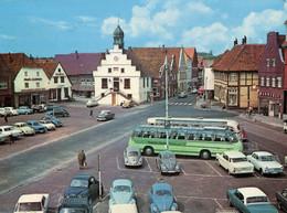 VW Käfer,Opel Kapitän,Admiral,Kadett A,Rekord P I,Saab,Taunus 12m P4,17m P3,BMW 700...,Lingen,Ems,Markt, Gelaufen - Voitures De Tourisme
