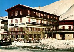 N°79569 -cpsm  Les 2 Alpes  -hôtel Bel'Air- - Hotels & Gaststätten