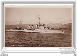 """Cpa  Réf-JP-R668 (  Marine Militaire Française )    Le TORPILLEUR  """""""""""""""""""""""""""""""" La Railleuse """""""""""""""""""""""""""""""" - Warships"""
