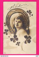 CPA (Réf: Z 3166) (SPECTACLE ARTISTES) LE FER À CHEVAL M. BALENCIE (H. Manuel) - Women