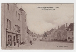 58 - MOULINS-ENGILBERT -  LA PLACE LAFAYETTE - COMMERCES - EPICERIE... - Moulin Engilbert