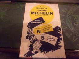 """BUVARD MICHELIN : """"il Y A 3 Types De Pneus Michelin"""" Bibendum Portant 3 Pneus RCC CLERMONT FERRAND - Bikes & Mopeds"""