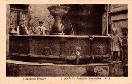 12 NAJAC  Fontaine Monolithe - Najac