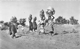 ¤¤   -  REPUBLIQUE CENTRE AFRICAINE  -  BANGUI  -  Groupe De Porteuses     -  Afrique Noire   -   ¤¤ - Central African Republic