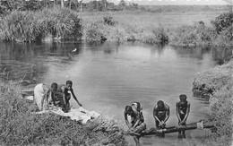 ¤¤   -  REPUBLIQUE CENTRE AFRICAINE  -  BANGUI  -  Lessive Dans La Rivière     -  Afrique Noire   -   ¤¤ - Central African Republic