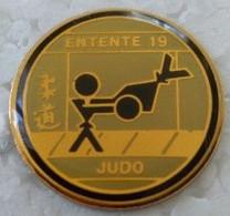 Pin's - Judo - JUDO - ENTENTE 19 - - Judo