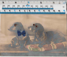NOVELTY GLASS BOWN EYED DASCHUNDS IN BASKET WITH SILK BOW TIE! - Perros