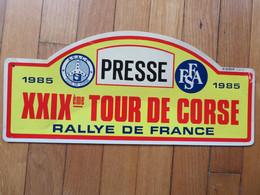 Plaque De Rallye Automobile 29ème Tour De Corse 1985 Presse - Plaques De Rallye