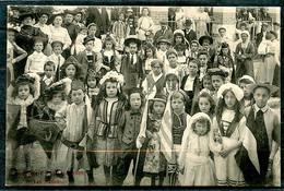 CARTE PHOTO - MONTRICHARD FETES DU 17 AOUT 1908 - THEME LES NATIONS - BEAU PLAN SUR LES ENFANTS. - Montrichard