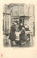 PARIS Pittoresque ,les Petits Métiers éditeur KF (carte 1900) -  La Marchande De Journaux   - - Artigianato Di Parigi