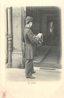 PARIS Pittoresque ,les Petits Métiers éditeur KF (carte 1900) - Le Facteur - - Artigianato Di Parigi