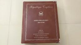 Lot N° TH 380 REPUBLIQUE TOGOLAISE Albums Souvenirs Dedicacés Par Le President De La Republique - Sammlungen (im Alben)